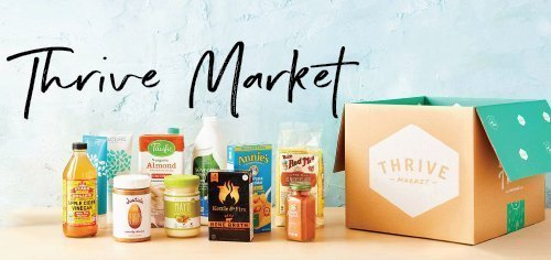 Thrive market with image of what comes in a Thrive box